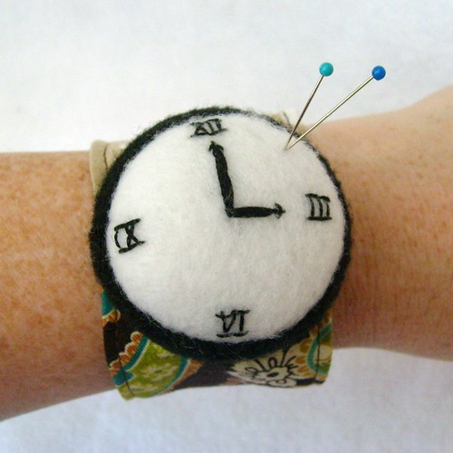 Time to sew wrist pincushion