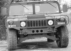 hummer h2(0.0), automobile(1.0), automotive exterior(1.0), military vehicle(1.0), sport utility vehicle(1.0), vehicle(1.0), hummer h1(1.0), humvee(1.0), off-road vehicle(1.0), bumper(1.0), land vehicle(1.0), luxury vehicle(1.0),