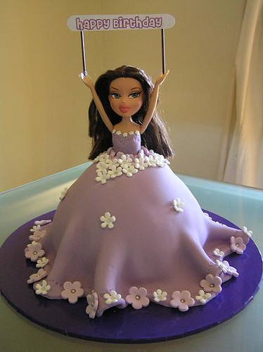 How To Make A Bratz Doll Cake