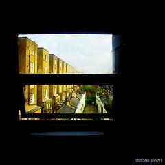 LONDON, A RAINY MORNING