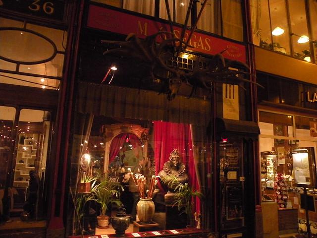 passage jouffroy marchand de parapluies flickr photo sharing. Black Bedroom Furniture Sets. Home Design Ideas