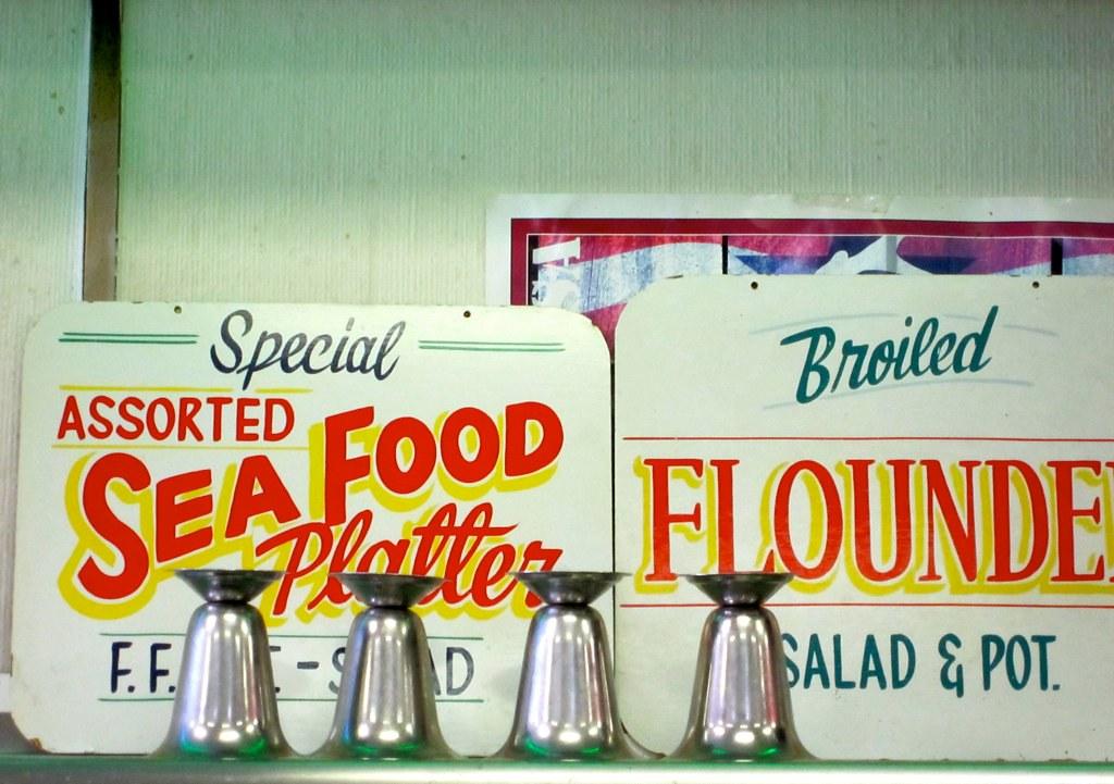 Assorted Sea Food Platter Sign