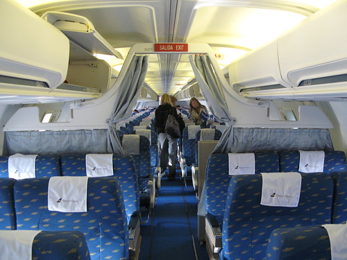 Airtravel photos inside boeing 757 200 for Interieur boeing 757