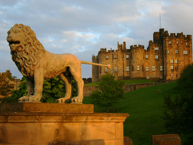 Alnwick Castle and Lion