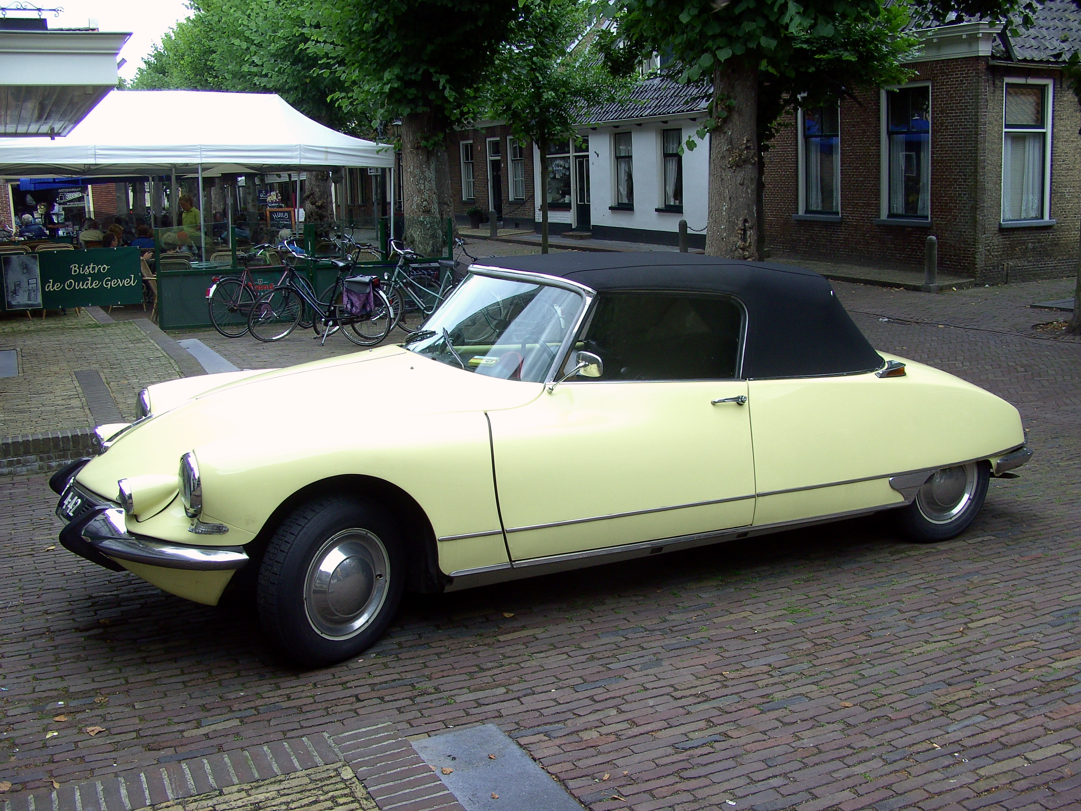 1963 citroen ds 19 cabrio images pictures and videos. Black Bedroom Furniture Sets. Home Design Ideas