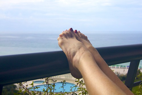 gulfofmexico toes view legs florida balcony destin