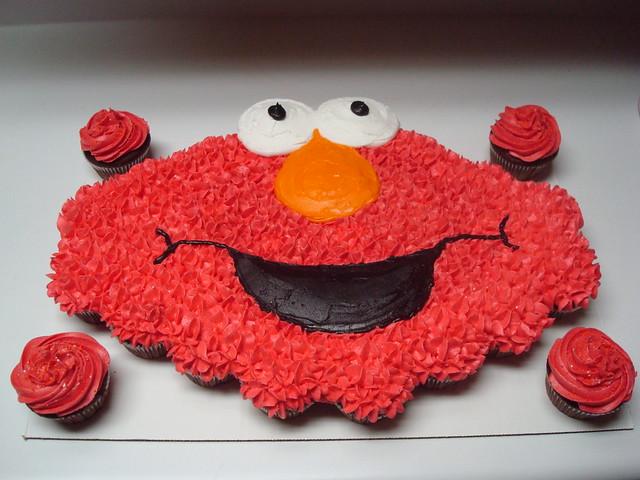 elmo cupcakes cake