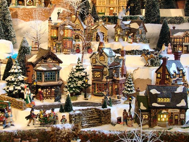 Department 56 Christmas Village Display.Department 56 Dickens Village Series Display Olde World
