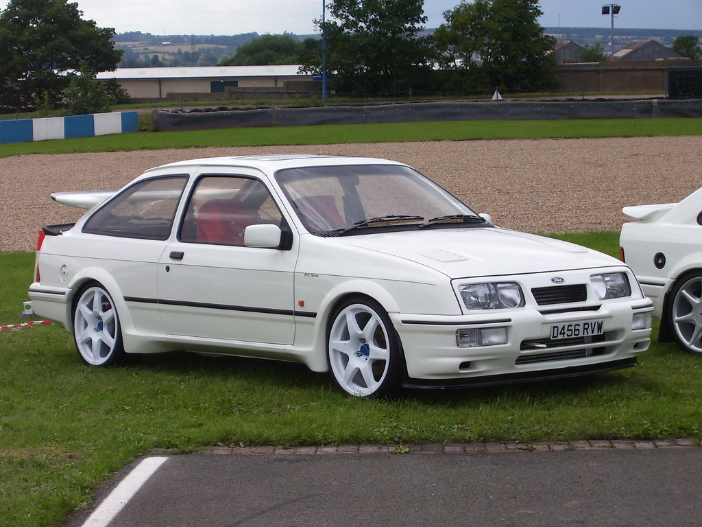 sierra cosworth rs500 pictures. Black Bedroom Furniture Sets. Home Design Ideas