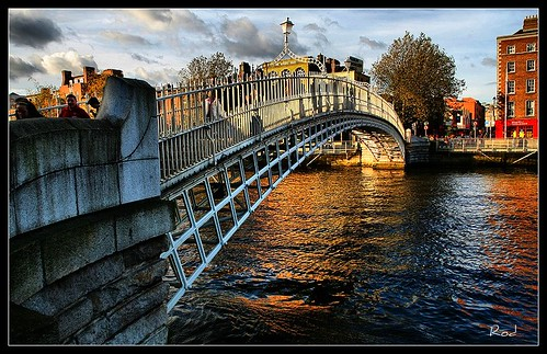 Ha' Penny Bridge in daylight