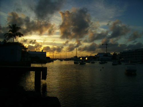 ocean sunset sea water backyard dusk calm bermuda fiatlux justclouds goldstaraward