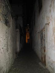 subway(0.0), tunnel(0.0), bunker(1.0), floor(1.0), wall(1.0), infrastructure(1.0),