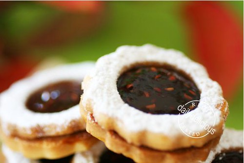 Framboise disque: Raspberry Jam Filled Cookie | Flickr - Photo Sharing ...