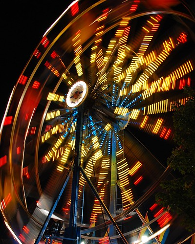 longexposure carnival blue atlanta red motion black color yellow night georgia lights lowlight nikon nightshot south spin roswell southern exposition ferriswheel rides bigwheel amusements d80 expowheel colorphotoaward superfaveme superhearts peachtreerides artlegacy tophonorphotographerparadise platinumheartawardshalloffame nikonflickrawardgold5