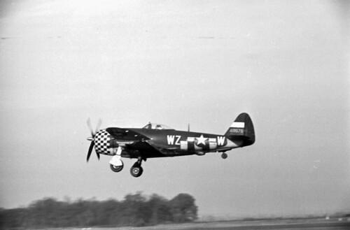 P-47 Landing 03