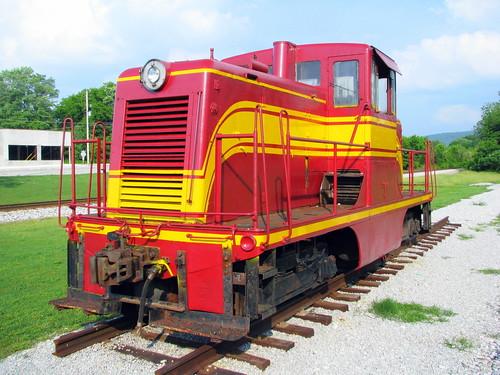 NC&StL Diesel engine - Cowan, TN