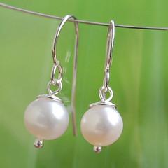 body jewelry, pearl, jewellery, gemstone, silver, earrings,
