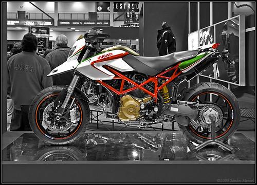Crazy Bike Junction  Ducati Hypermotard  2010  Wallpapers