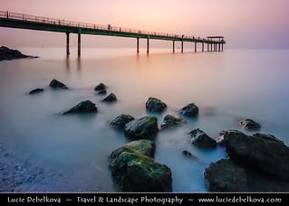 Kuwait - After sunset at Souq Sharq