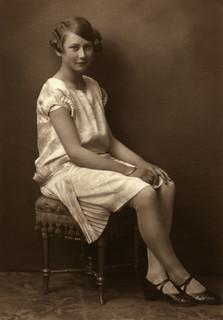 Liv Frigaard 13 år gammel (1926)