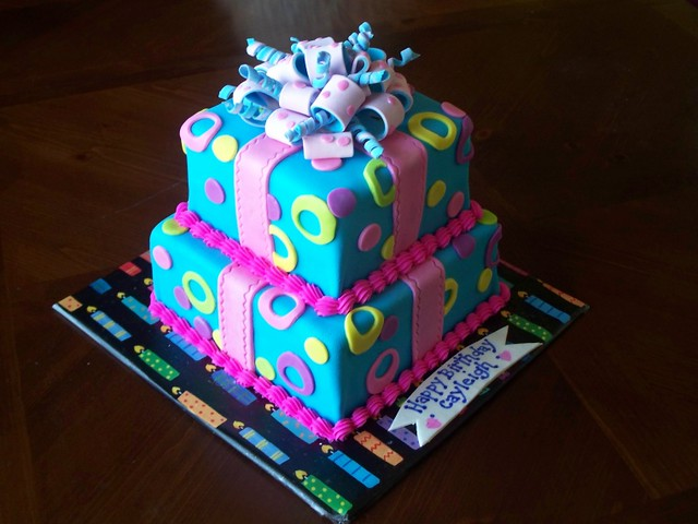Birthday Cake Gift Images : Gift Box Birthday Cake Flickr - Photo Sharing!