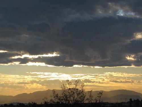 morning clouds sunrise desert highdesert mojavedesert sanbernardinocounty victorvalley