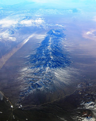 road mountain snow ice nevada aerial airborne windowseat continentalairlines lincolncounty worthingtonmountains