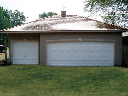 Tuff shed garages prices home design ideas for Hip roof garages