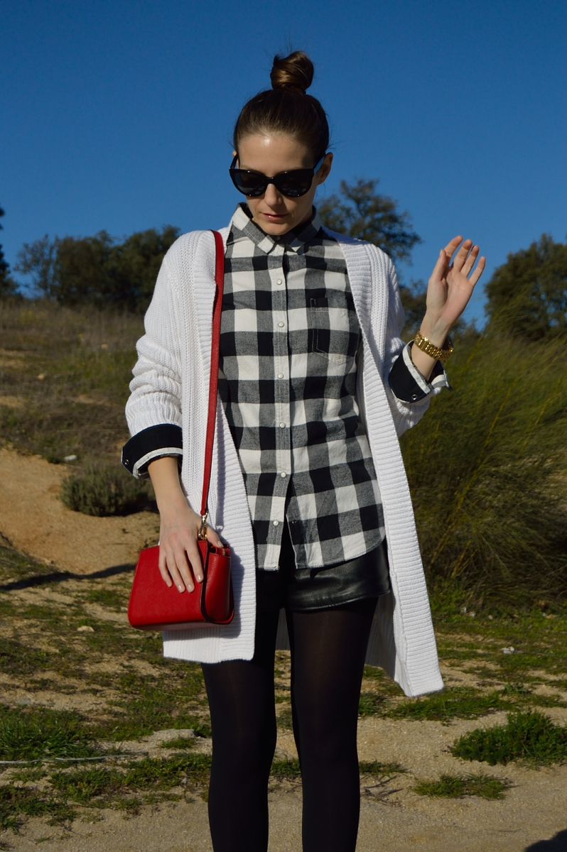 lara-vazquez-madlula-blog-fashion-trends-top-knot