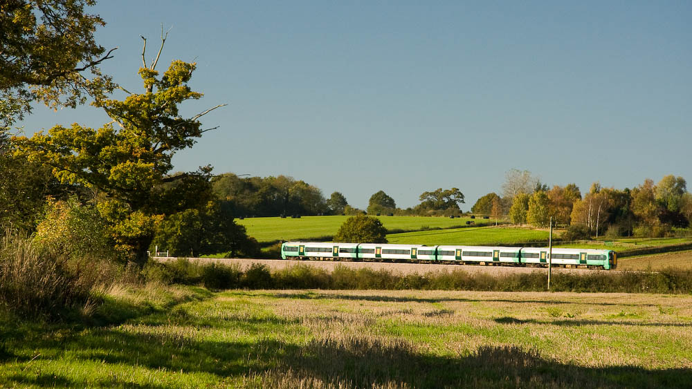 train south from Holmwood, to Horsham