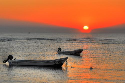 sea sunrise mexico boats veracruz sergiolubezky platinumheartaward