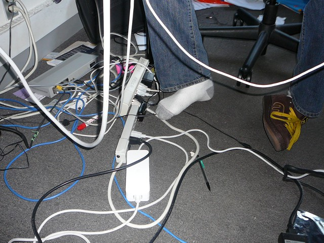 wires and drew's feet