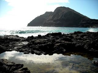 Image of Makapuu Point Lighthouse near Waimānalo Beach. oahu tidalpool volcanicrock makapuupoint