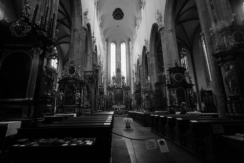 Inside Tyn Cathedral