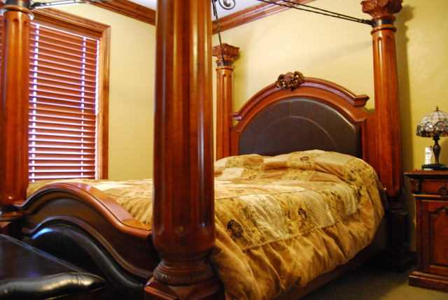4 post bed w leather foot head board 4 post canopy solid for High end canopy beds