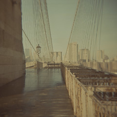Brooklyn bridge, looking back to Manhattan