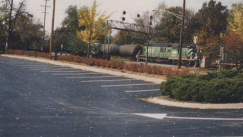 Eastbound short Burlington Northern freight train. West Hindsdale Ilinois. October 1989. by Eddie from Chicago