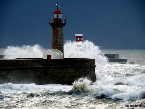 Mar bravo........Rough  sea...........