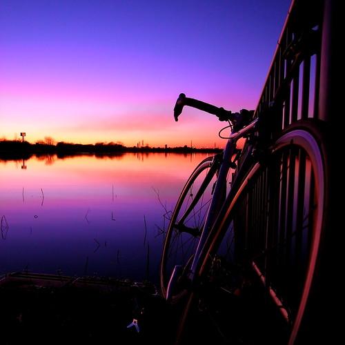 sky bike bicycle digital sunrise first gr saitama saiko 2009 urawa 初日の出 浦和 彩湖