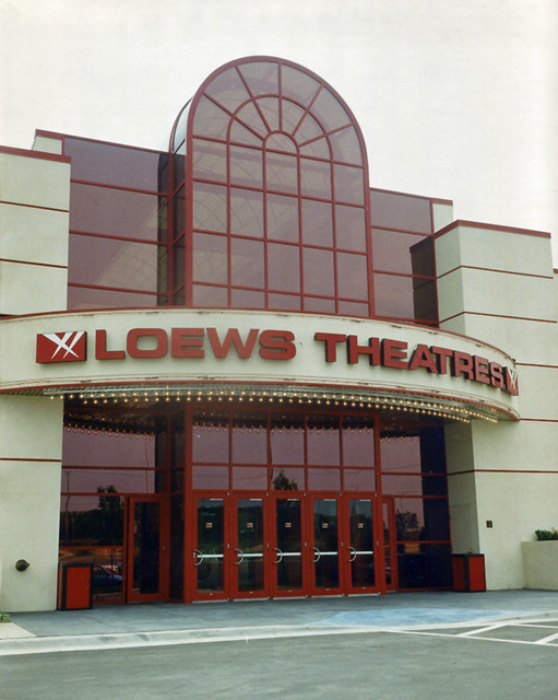 Reviews on Loews Movie Theater in New York, NY - Loews Theatres, AMC Loews Lincoln Square 13, AMC Loews 34th Street 14, AMC Theatres Loews Orpheum 7, AMC Loews Kips Bay 15, AMC Loews Bay Terrace 6, Loews 19th St Theatre, Regal Cinemas Battery Park.