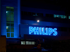 Philips developing energy gathering OLED sunroof concept leaves roof open for other exciting applications