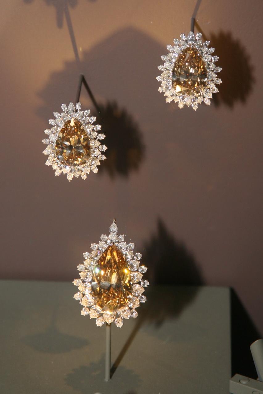 Carat Pear Shaped Diamond Ring Price