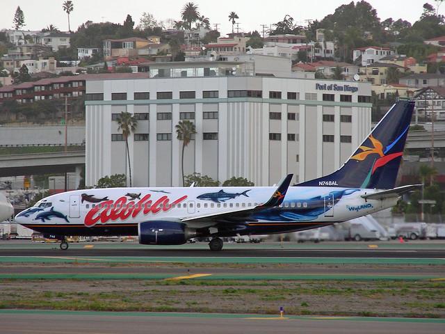 Aloha 737
