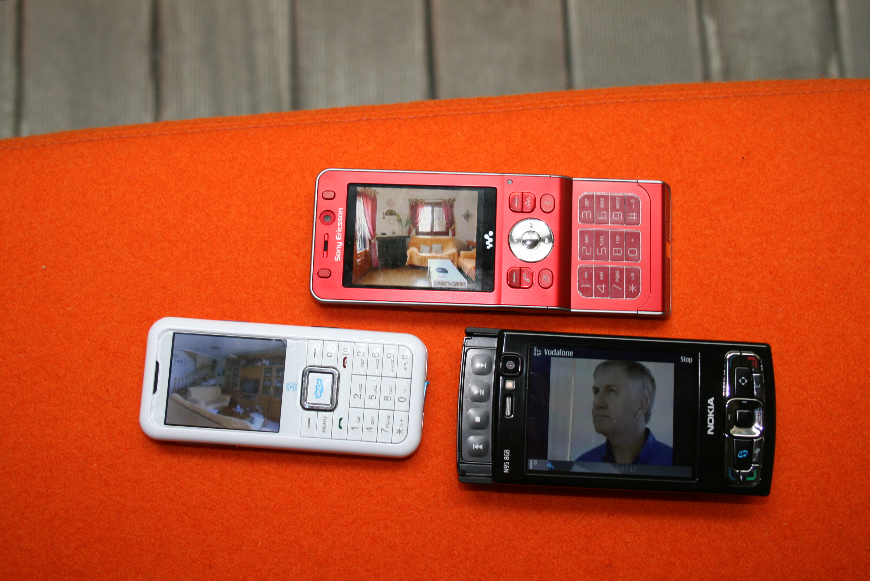 mobile tv earlier 3 mobile tv running bbc1 orange. Black Bedroom Furniture Sets. Home Design Ideas