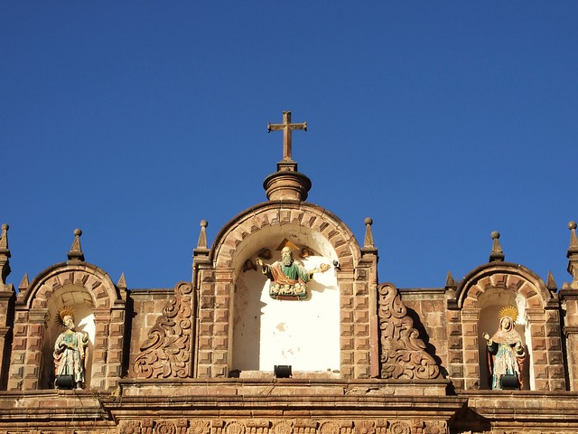 Blue sky Cusco cathedral