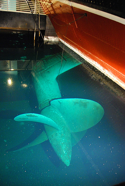 Queen Mary Engine Room: The Queen Mary's Propeller