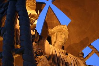 Image de Monumento a Colon. sevilla monumento escultura cristobal colón