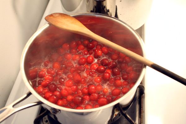 Cranberries Boiling