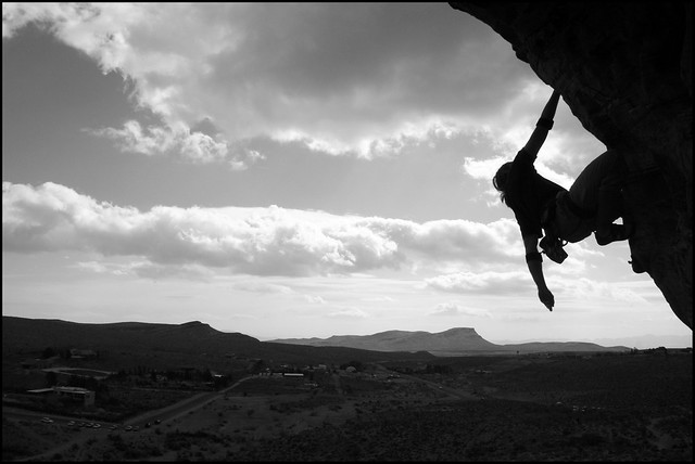 climbing in red rocks silhouette