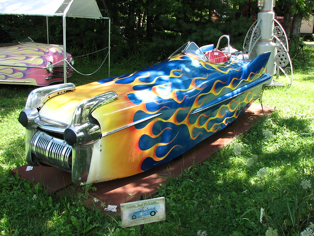 Retro Rocket Car